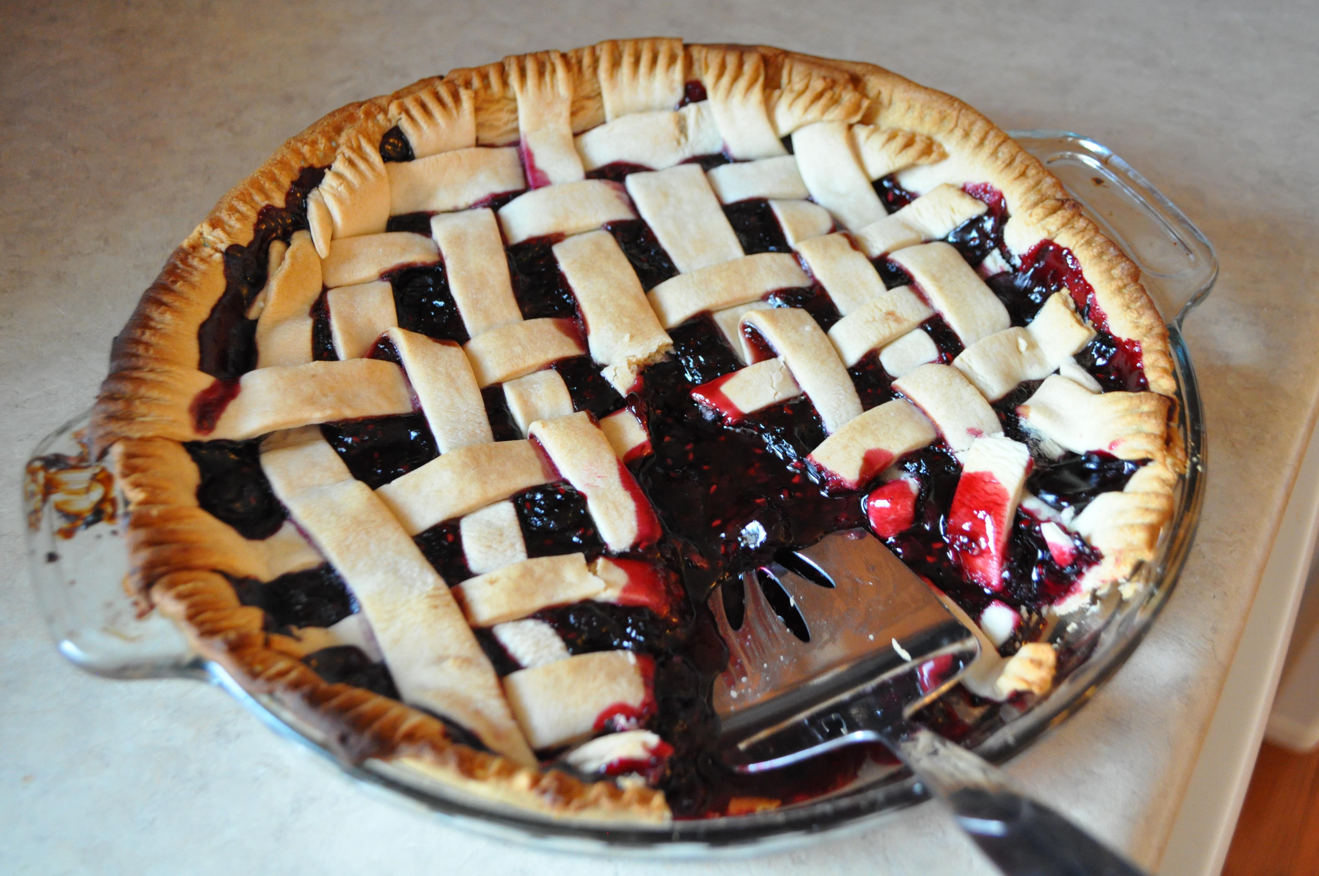 Berry Medley Pie